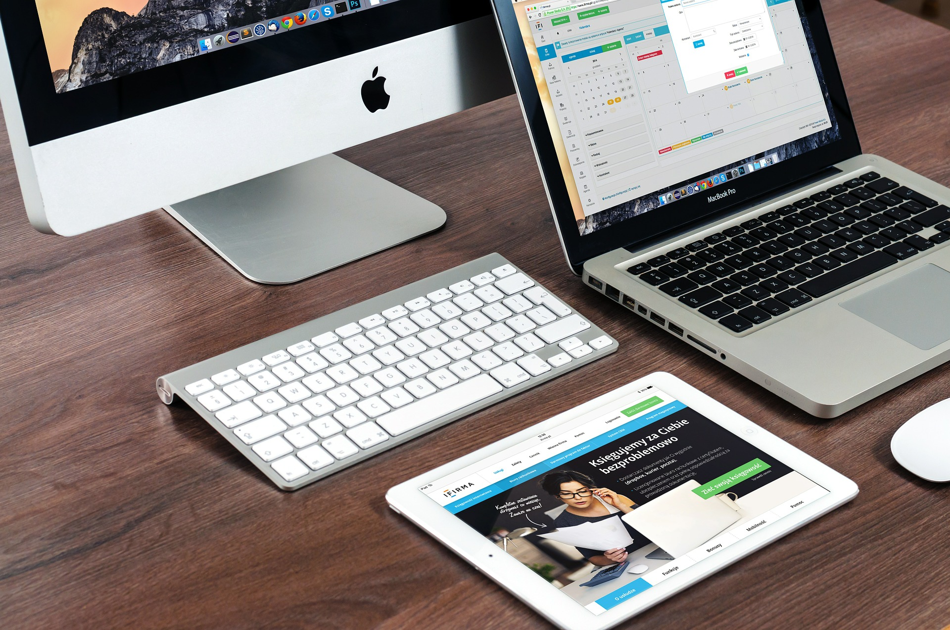 Mac Laptops, Tablets and Apple Devices